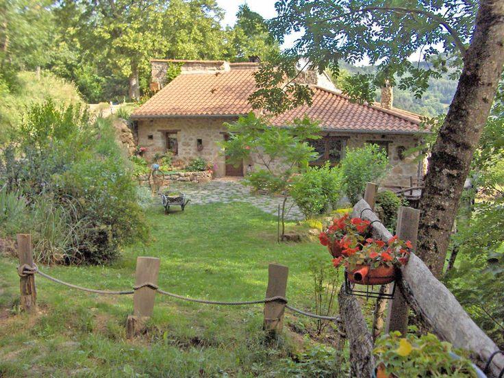 #ardeche  Chambre d'hôtes en Ardèche, dans un petit village