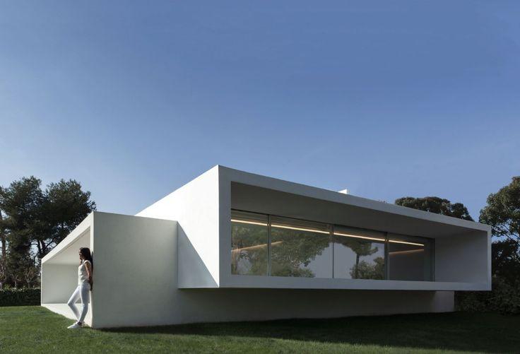 Oltre 25 fantastiche idee su architettura minimalista su for Piani di casa minimalista