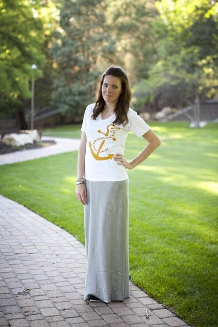 Stencil shirt: Knits Maxis, Diy'S Inspiration, Shirts Diy'S, Altered Shirts, Stencil Shirts, Great Idea, Diy'S Fashion, Maxis Skirts, Cuuut Shirts