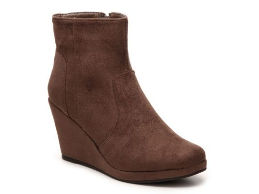 Women's Journee Collection Koala Wedge Bootie - Taupe