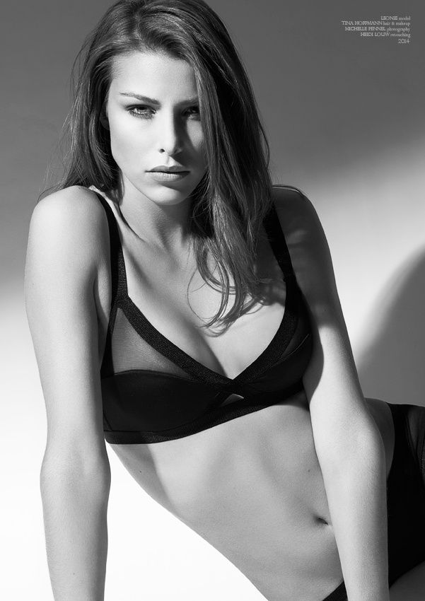 Leonie lingerie III bw by Michelle Fennel on 500px