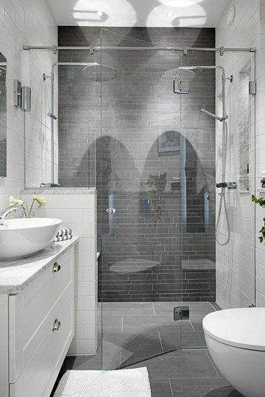 Une douche italienne dans une petite salle de bain déco chic
