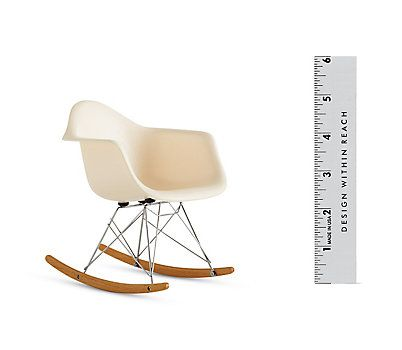 59 best images about vitra eames miniatures on pinterest for Vitra rar replica