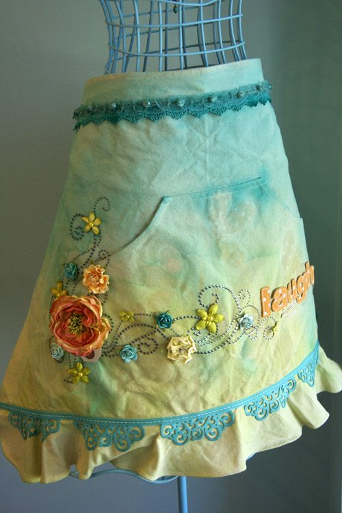 apron: Sewing Kitchens, Aprons Sewing, Cute Aprons, Gorgeous Aprons, Floral Aprons, Artists Aprons, Aprons String, Aprons Pretty, Beautiful Aprons