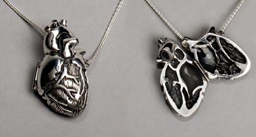 anatomically correct heart necklace: Silver Necklaces, Heart Lockets, Anatomical Correction, Style, Heart Necklaces, Correction Heart, Anatomical Heart, Heartlocket, Heart Pendants