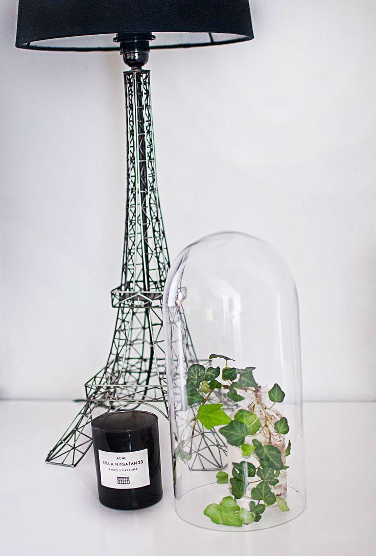 les 25 meilleures id es de la cat gorie lampe tour eiffel. Black Bedroom Furniture Sets. Home Design Ideas