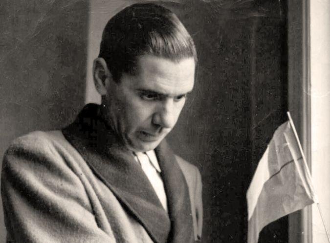 Búscame en el ciclo de la vida: Raúl González Tuñón: prestidigitador de poemas y r...