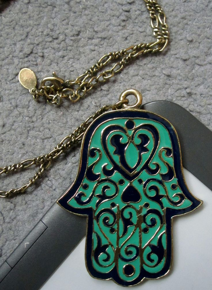 Hamsa NecklaceTattoo♦️Hand of Fatima خمسة / חַמְסָה / Hamsa / AMULET / KHAMSAH / FOSTERGINGER @ Pinterest ♦️