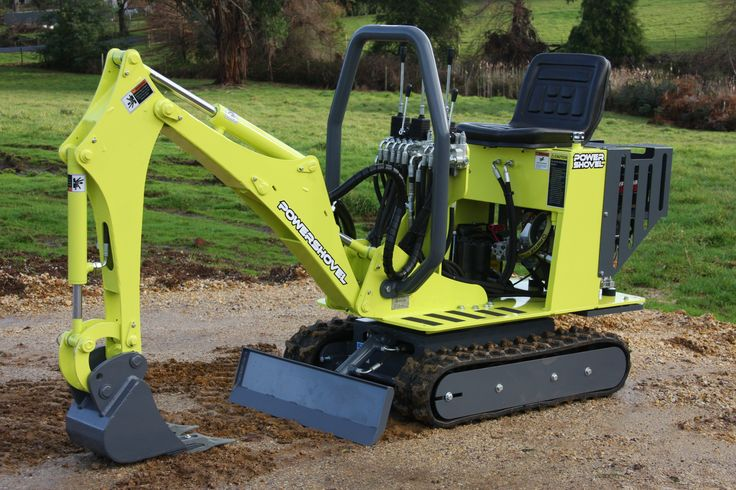 Another POWERSHOVEL E1600 mini excavator off the productionline