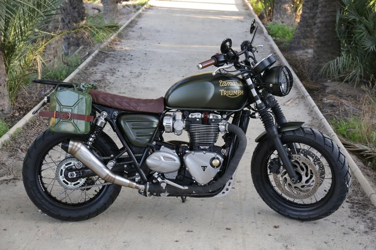Tamarit Motorcycles Triumph Bonneville T120 Muralla, modificada para un largo viaje a China