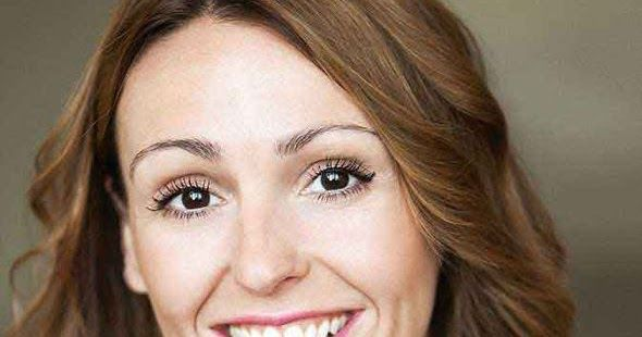 Suranne Jones to star in Frozen