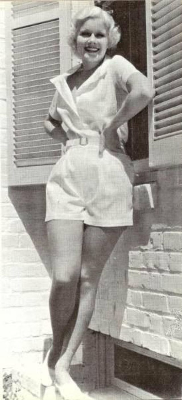 marilyn monroe the blonde bombshell essay Monroe was more than just a blonde bombshell a marilyn monroe reader, marilyn took the film industry and the people of essays related to marilyn monroe 1.