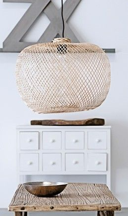 Organic materials to contrast white walls and ceilings.
