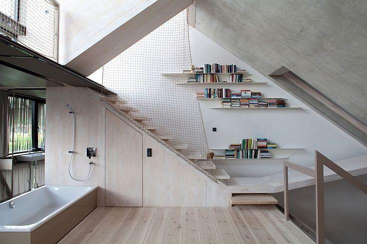 Una casa futurista en el corazón de Berlín. #interiorismo #decoracion #hometour #homestyle #aperfectlittlelife ☁ ☁ A Perfect Little Life ☁ ☁ www.aperfectlittlelife.com ☁