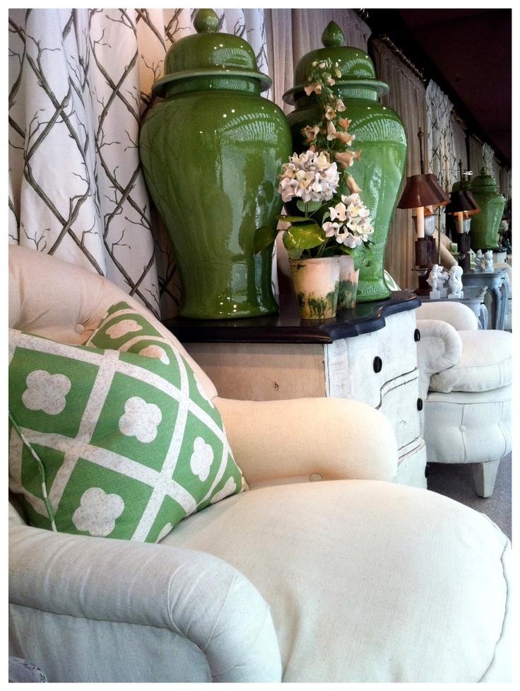 Nicky Haslam ~ Ebury Street Spring Window | love the green #chinoiserie ginger jars