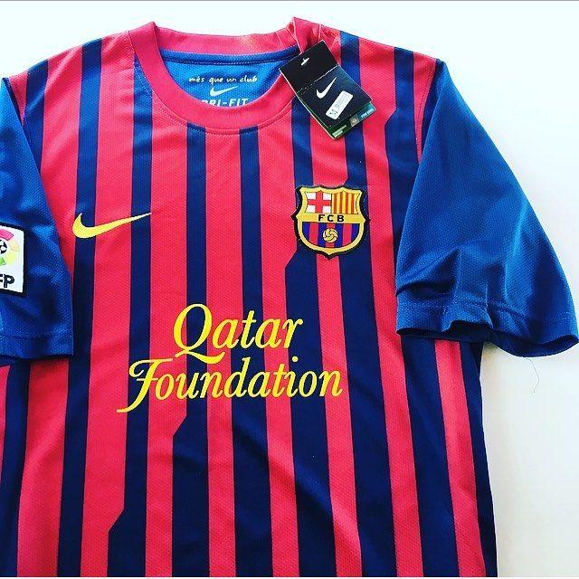 Barca 11/12 BNWT Home Shirt 🔴🔵 #barcelona #barca #laliga #spain #spanishfootball #nike #nikefootball #football #footballshirt #soccer #soccerjersey #sportswear