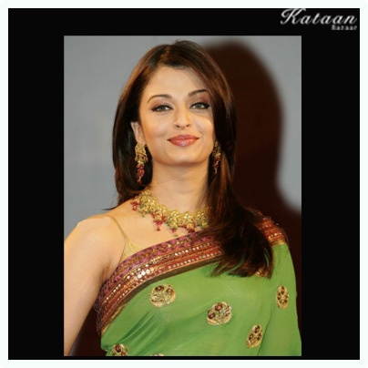 #Aishwarya Rai Bachchan in a simple and elegant GREEN saree