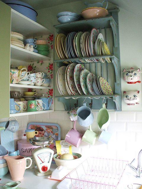 Vintage style kitchen ware