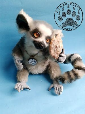 Ooak needle felted lemur.  #polandhandmade #lemur #ooak #handmade #artteddy #creatures #animals #art #rękodzieło #artteddy #artist #artteddybears #critters #needlefelting #crafts
