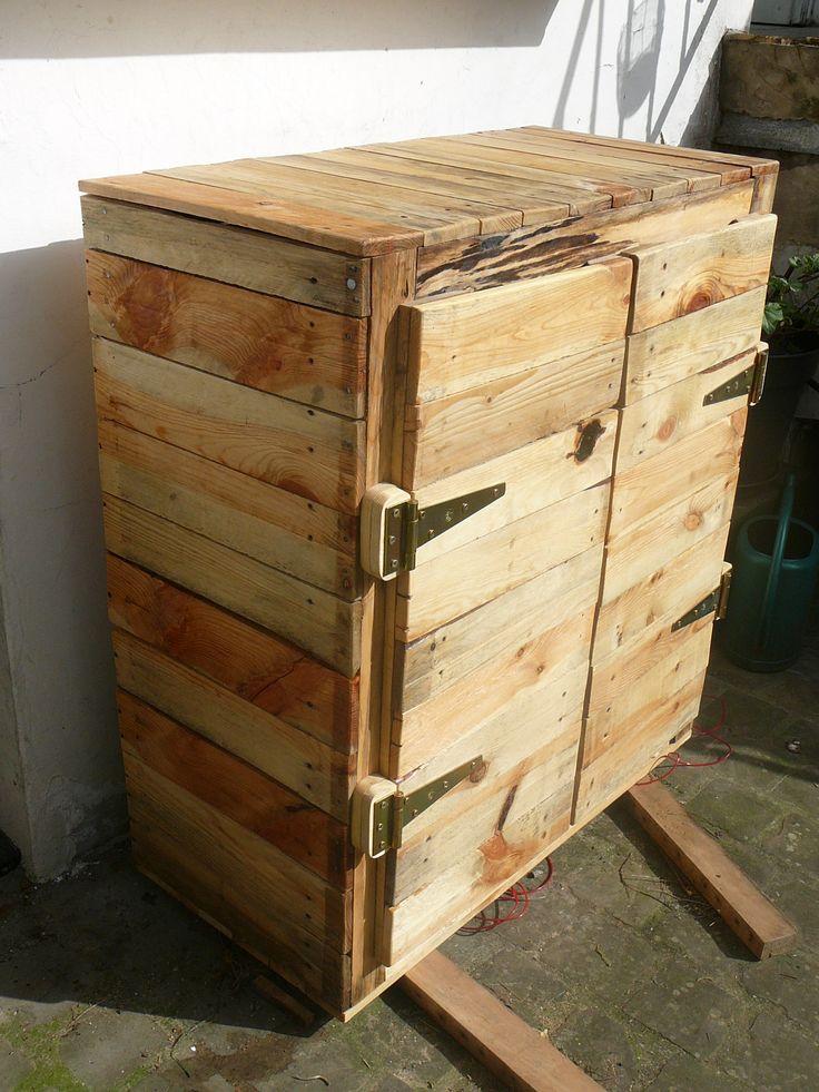 Pallet dresser #Cupboard, #Dresser, #Pallet
