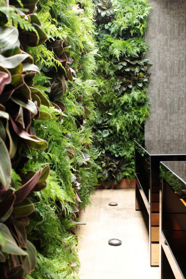 Livewall green wall system make conferences more comfortable - Vamos Na Greenbuilding Brasil