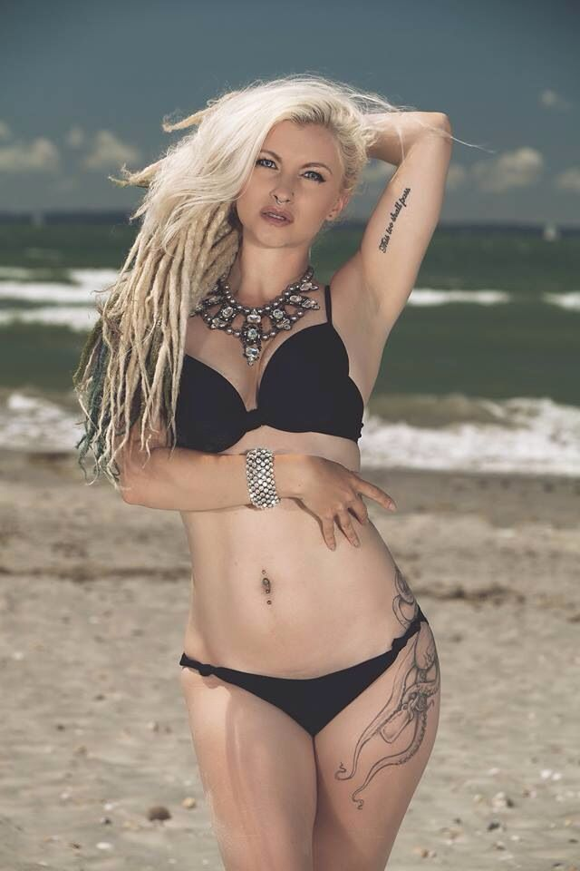 Ruby True By Photo Gun Photography Blonde Dreads And