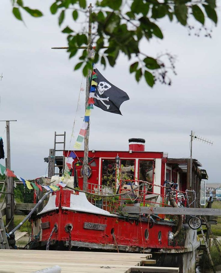 the water gypsies'; life on a boat at shoreham-by-sea   gypsy life, Hause ideen
