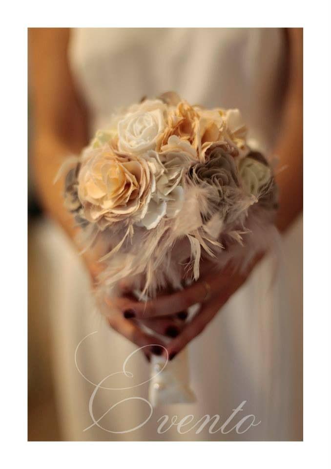 Un bouquet di seta da conservare per sempre...che richiami i colori del tuo abito?.....a brevissimo in esclusiva da noi grazie alle pazienti mani di Eventi