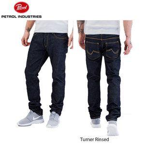 Petrol Industries heren jeans  Petrol is bekend kledingmerk met meer dan 25 jaar ervaring op het gebied van het ontwikkelen van kleding en lederen riemen. Het merk staat bekend vanwege de Amerikaan...