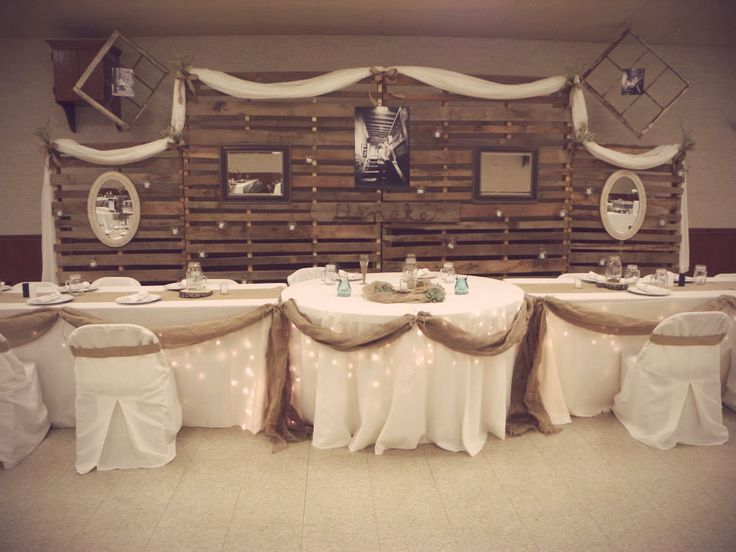 Head Table I Like The Cake Behind The Head Table So You: 25+ Best Ideas About Pallet Backdrop On Pinterest