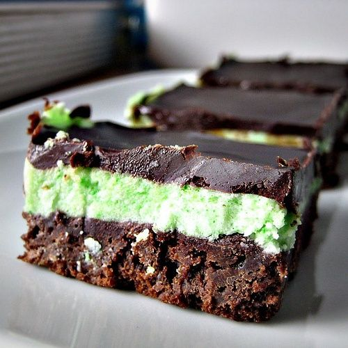 Grasshopper Bars | Chocolate Desserts | Pinterest | Mint Brownies, Bar ...