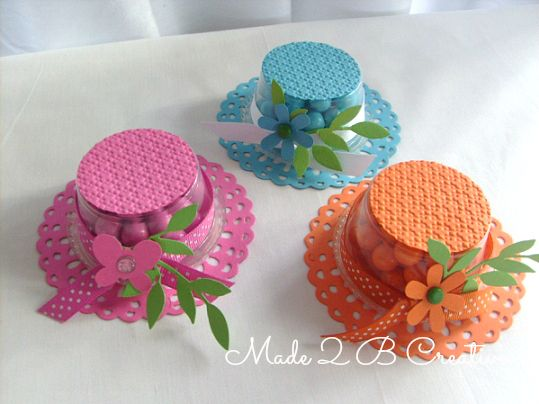 Bonnet Favor - maybe use 2 mint patties glued together?