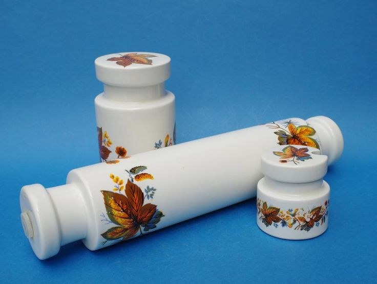 #LORDNELSON #POTTERY - 3 Items Rolling Pin, £14.99obo by @20thCenturyG - These are 3 items of retro kitchen ware decorated with a mid century modern design of autumnal leaves. Includes; a rolling pin, sugar sifter and a mustard pot.  Made by the British firm, Lord Nelson Pottery.  Dates to the later part of the 1960's.  Size - Rolling Pin - 30cm long and 6cm diameter Sugar Sifter - 12.5cm high and 7cm diameter Mustard Pot - 6cm high and 5.5cm diameter