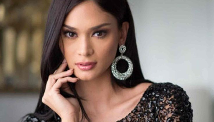 Miss Universe Pia Wurtzbach and Super Bowl 50, Know all details - http://www.sportsrageous.com/entertainment/miss-universe-pia-wurtzbach-and-super-bowl-50-know-all-details/7042/