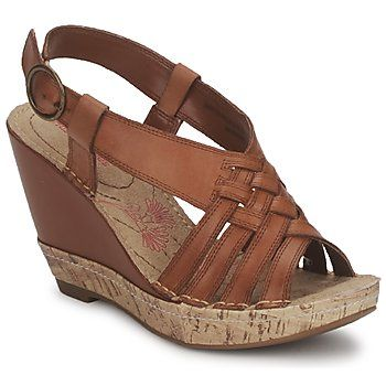 Get the comfort and quality of @Hush Puppies at a discount! These brown #leather #wedge #sandals are on #clearance now! http://www.spartoo.co.uk/Hush-puppies-AMOUR-QATRE-STRAP-x218857.php #summer #shoes #sale
