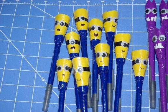 DIY: minion duct tape pens!