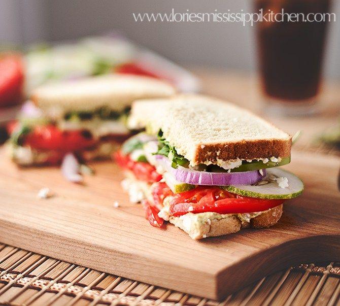 Copycat Panera Bread Mediterranean Veggie Sandwich