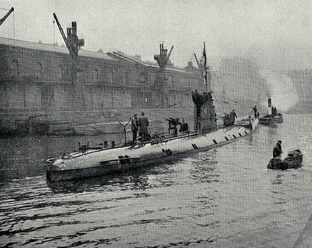 Captured WW1 German submarine U86 on view to the public in Bristol    German U Boats Ww1