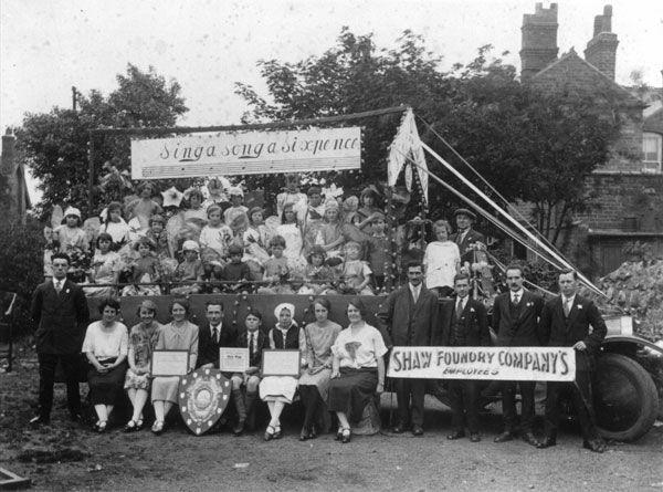 Carnival float, Willenhall Memorial Park, 1930s