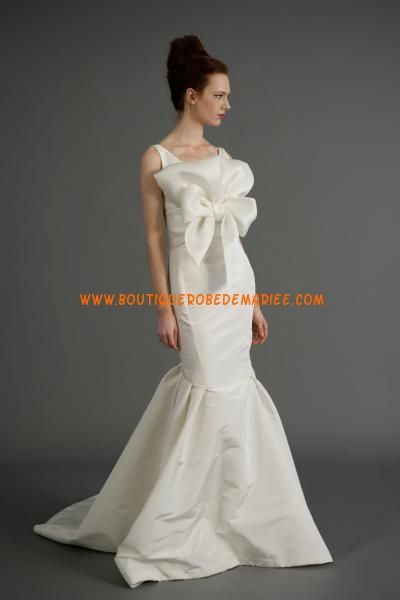 Robe de mariée sirène taffetas col V noeud