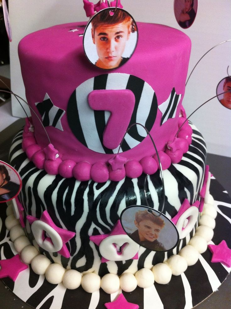 Justin Bieber Cake Done For A 2Nd Cousins 7Th Birthday I Have To Say Ive Never Looked At Justin Bieber Until I Did This Cake And For A Sh