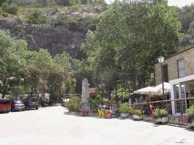 La Cueva de Las Calaveras de Benidoleig (Alicante)