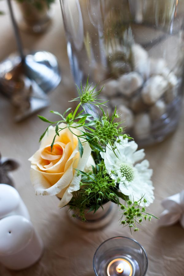 25 Best Ideas About Small Rose Centerpiece On Pinterest