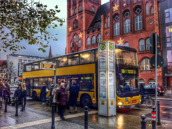 die 25 besten ideen zu doppeldecker bus auf pinterest london bus londoner illustration und busse. Black Bedroom Furniture Sets. Home Design Ideas