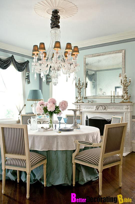 pretty blue dining room: Wall Colors,  Boards, Dining Rooms, Dining Area, Dining Table, Southern Charms, Traditional Home, Round Tables, Teas Parties