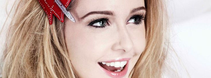 Diana Vickers facebook cover