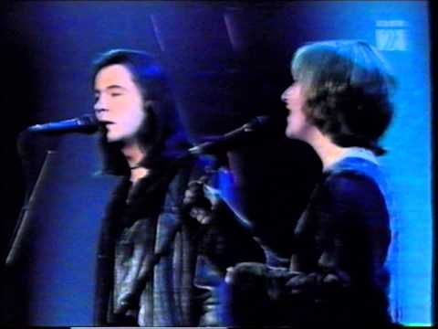 ▶ Bruce Guthro & Heather Rankin - The Water Is Wide - YouTube