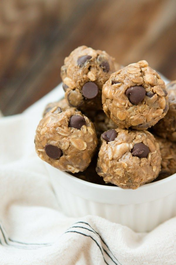protein-no-bake-chocolate-energry-bites-ohsweetbasil.com_