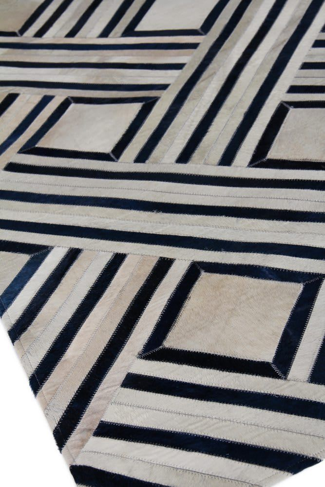 Exquisite Rugs Natural Hair On Hide 2167 Ivory Blue Area Rug Natural Rug Exquisite Rugs Rugs
