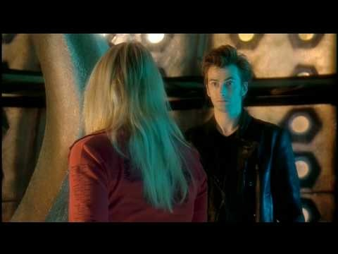How have I not see this?   Hidden scene between episodes when Eccleston regenerates as Tennant, as Rose gets used to the new Doctor, before they return to her home on Christmas.